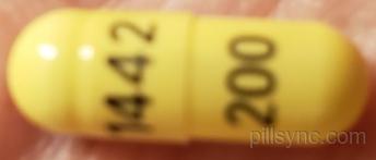 celecoxib capsule - (celecoxib 200 mg oral capsule) image